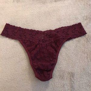 NWOT Hanky Panky Burgundy Lace Thong Panty OS